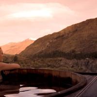 Visiting Onsen Hot Pools in Queenstown, New Zealand