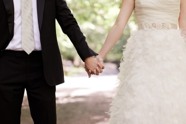 wedding-planning-fun-matchmaker-wedding-venue-with-bride-and-groom-2.original