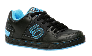 These are freeride cycling shoes which look like a cool sneaker! An excellent option if you have a thing for good looking shoes. The Five Ten Danny Macaskill Freeride Shoes. Photo: chainreactioncycles.com