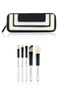 mac-stroke-of-midnight-essentials-brush-set US$49.50