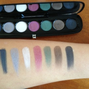 Swatches of Marc Jacobs Eye- Con Eyeshadow Palette No. 7 The Vamp