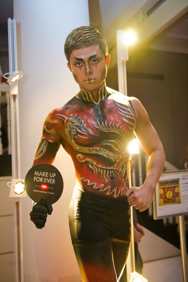 Body painting by Gloria Chin of Make Up For Ever Academy